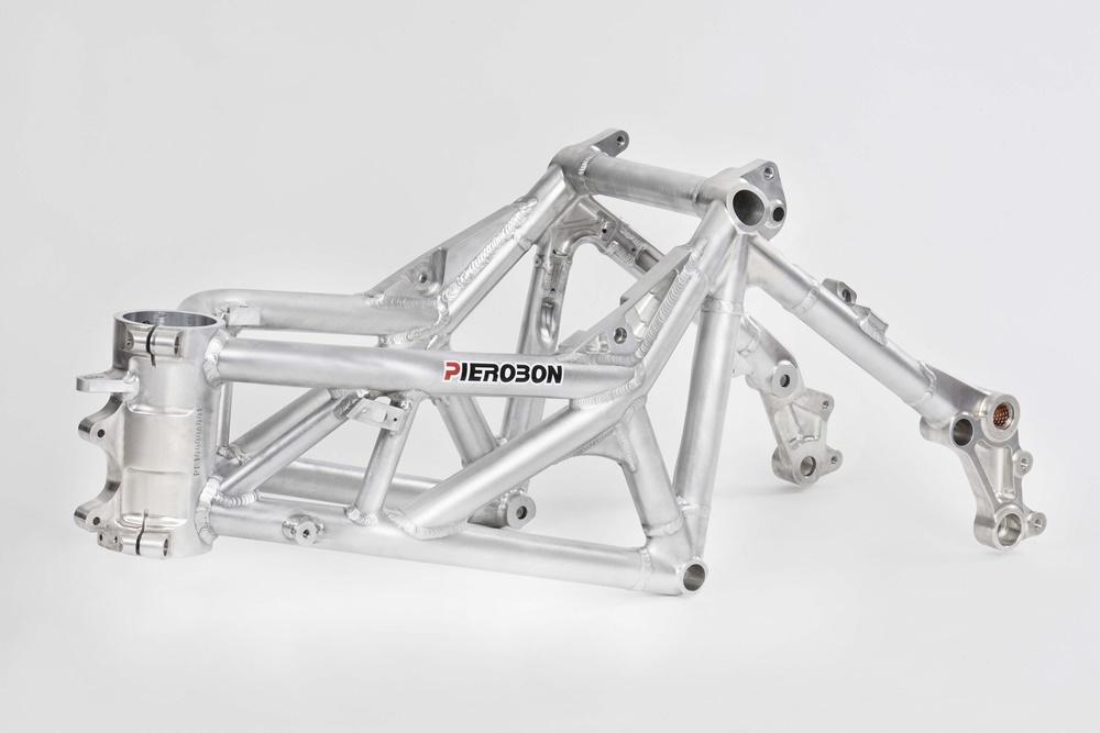 Спортбайк Pierobon X80R