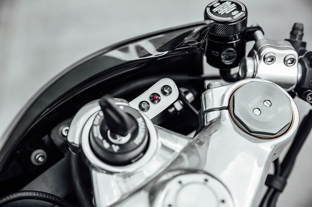 Triumph Germany: проект Triumph T120 Thruxton R Bulldog